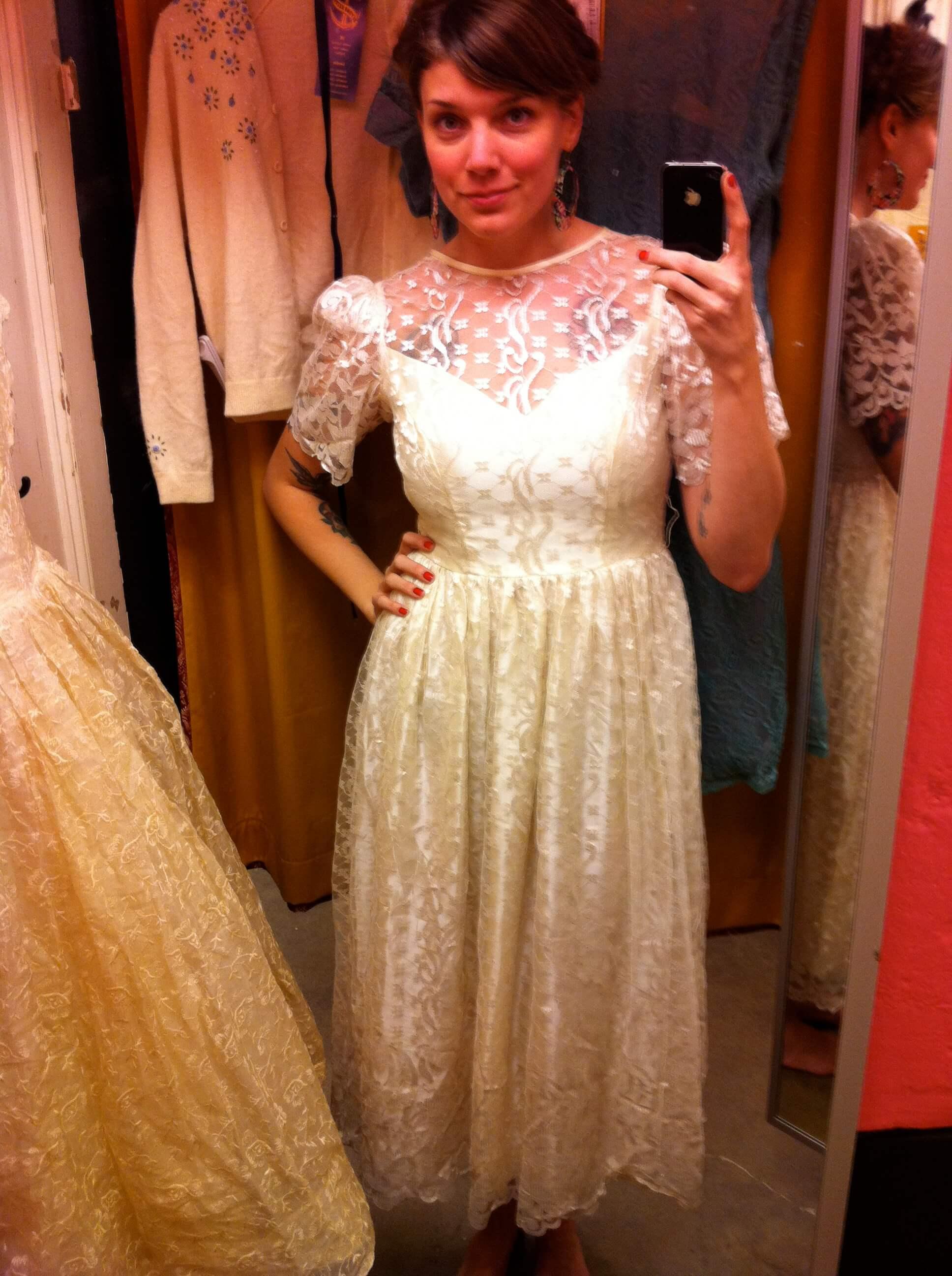 Beyond retro bjöd på spets och charmiga gamla klänningar - Helen ... 83f9f67329f10