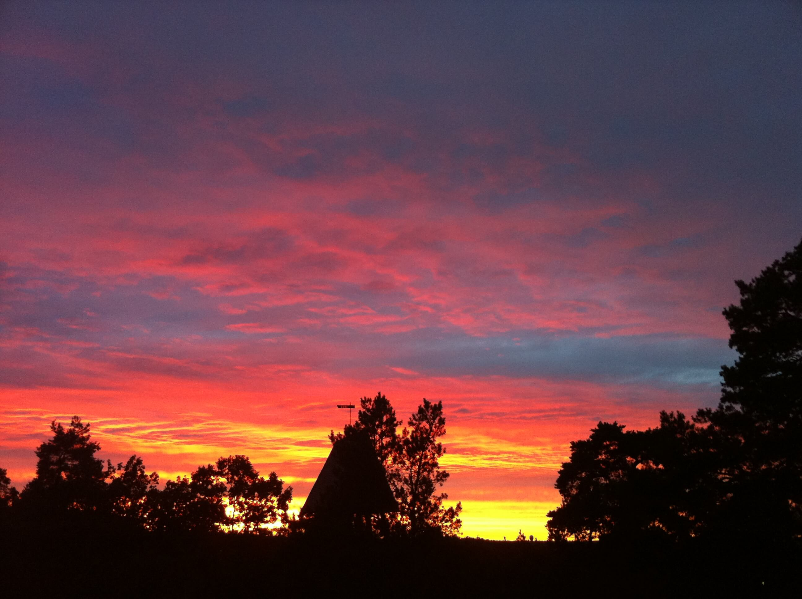 solnedgång stockholm 18 juni