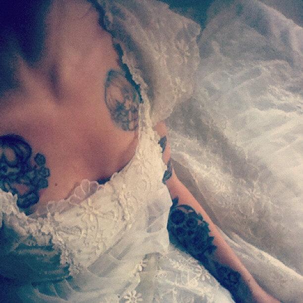 Drömklänningen-från-Beyond-retro-helalf.se_