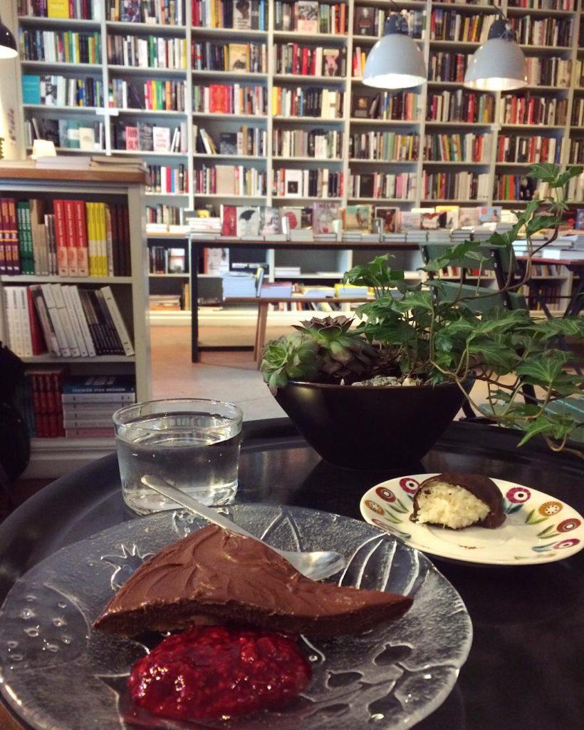 Aspuddens bokhandel och kafé helalf.se